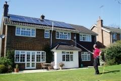 panel-solar-casa-limpieza